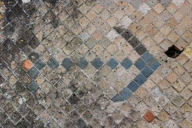 Arrow in Pompeii