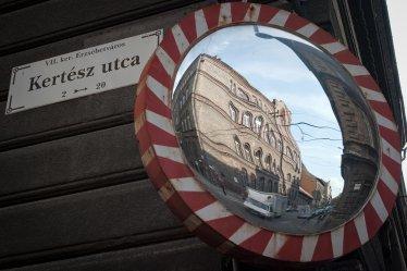 Kertész Street